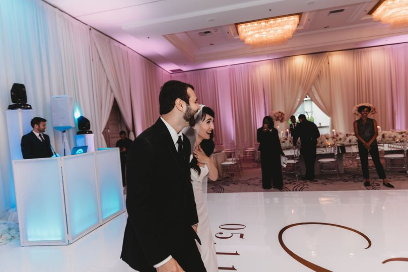 11 ahmed kadhom and erica mcnab ericas elegance weddings and events nola fontanez photography avenue of the arts37 51 959378 158575375135668