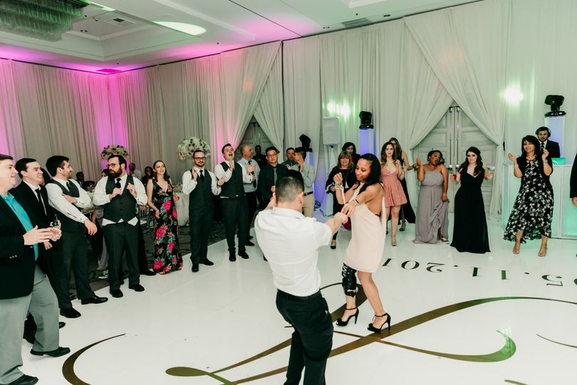 11 ahmed kadhom and erica mcnab ericas elegance weddings and events nola fontanez photography avenue of the arts9 51 959378 158575375279144