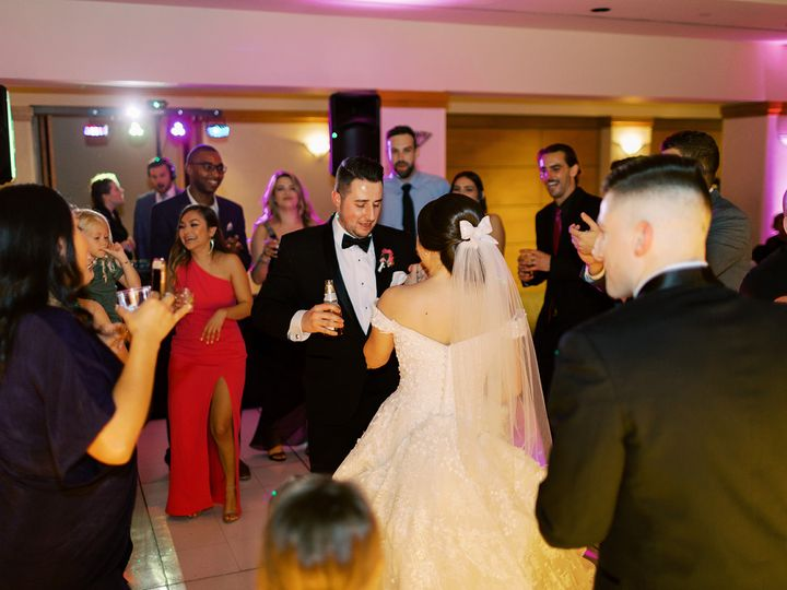 Tmx 20 03 14 Nick Angulo Nad Shazzy Gustafson Aura Elizabeth Photo Forever And Always Weddings And Events Coyote Hills Golf Course15 51 959378 161885589623978 Redondo Beach, CA wedding dj