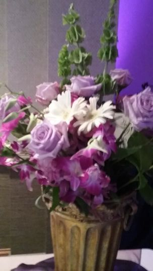 ffbec13dbd889c02 1520347061 1fba549e9793131a 1520347060621 1 purple roses at We