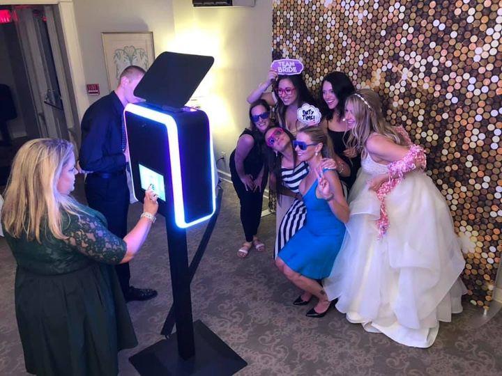 Wedding modern photo booth