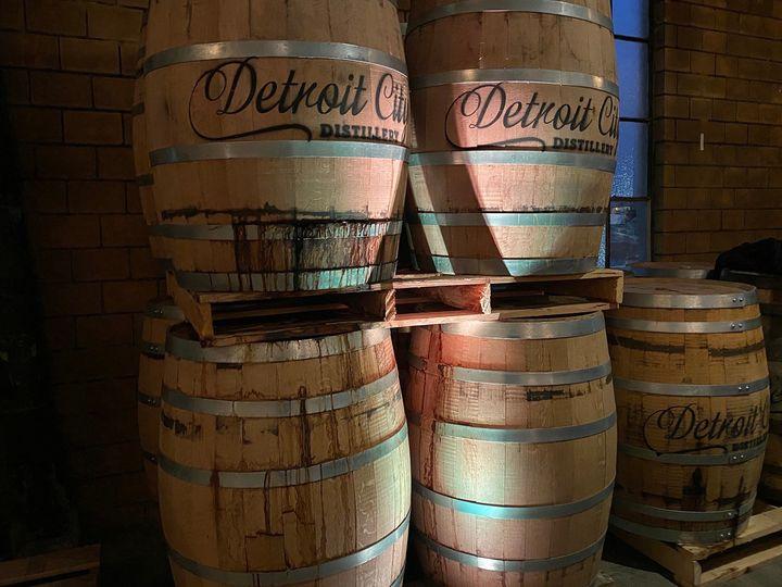 Whiskey Factory- Uplighting