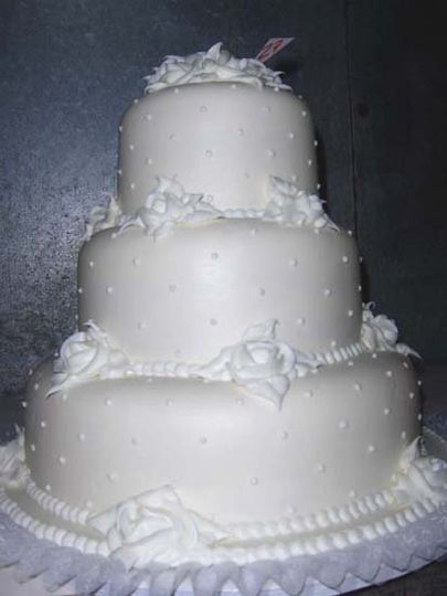 One of our most popular designs, this cake looks gorgeous in any color combination!