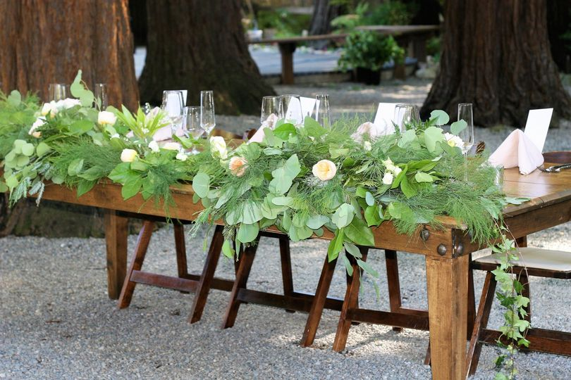 Table vines
