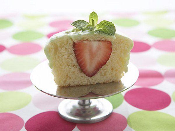 Strawberry Cream cheese cupcake