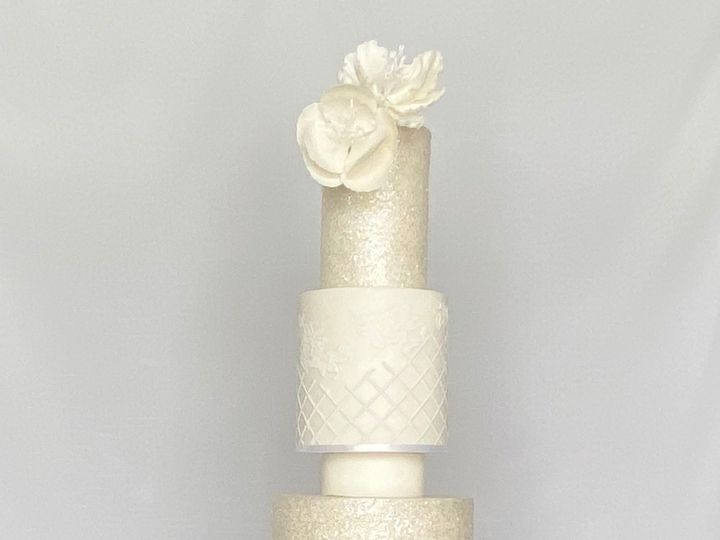 Tmx 5 Tier All White Wedding Cake 51 1004478 158251648489331 Suwanee, GA wedding cake