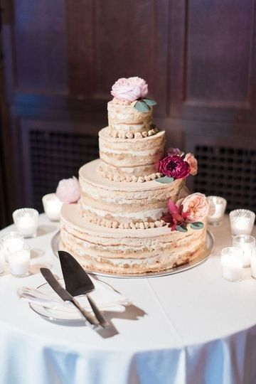 Four Tier Cake in Apple Pie credit: julie paisley photo