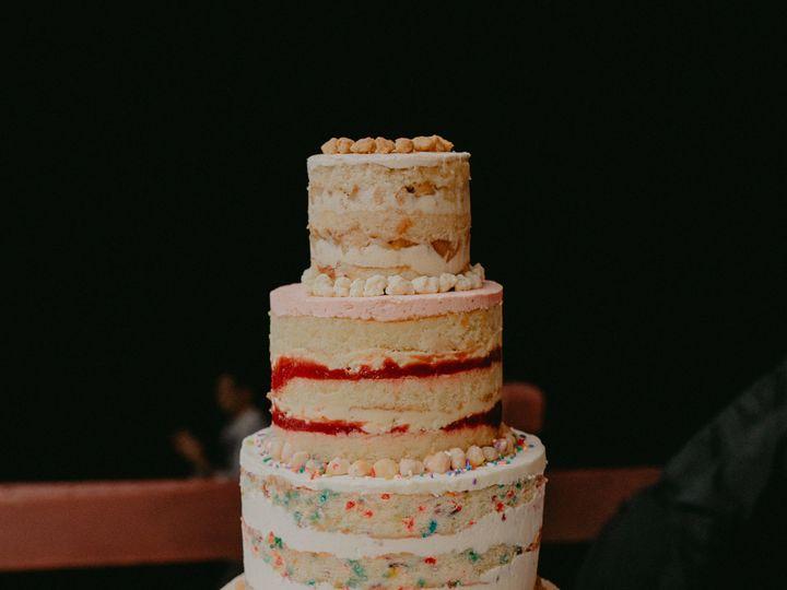 Tmx 1515530529 51608091224fd702 1515530525 5bff3256c9f00963 1515530524534 1 Chellise Michael P Brooklyn, NY wedding cake