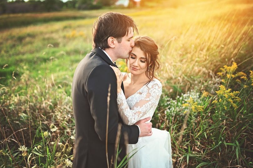 Couple's countryside portrait - SB Photography and Design