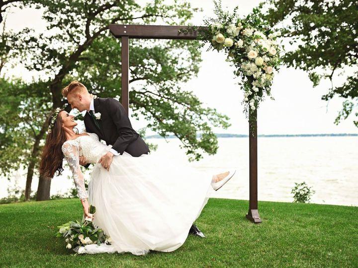 Tmx 79704625 3029075910487981 3925591196486860800 O 3029075907154648 51 656478 157673608527092 Waukesha, WI wedding photography