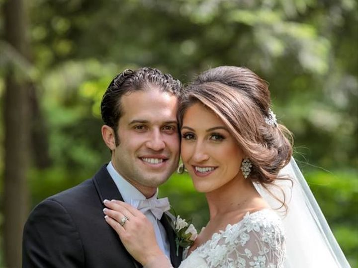 Tmx 1531942547 Ebff0e4eb91d40b7 1531942547 5dc3622edf02413e 1531942543856 16 34189763 18670103 Royal Oak, MI wedding photography