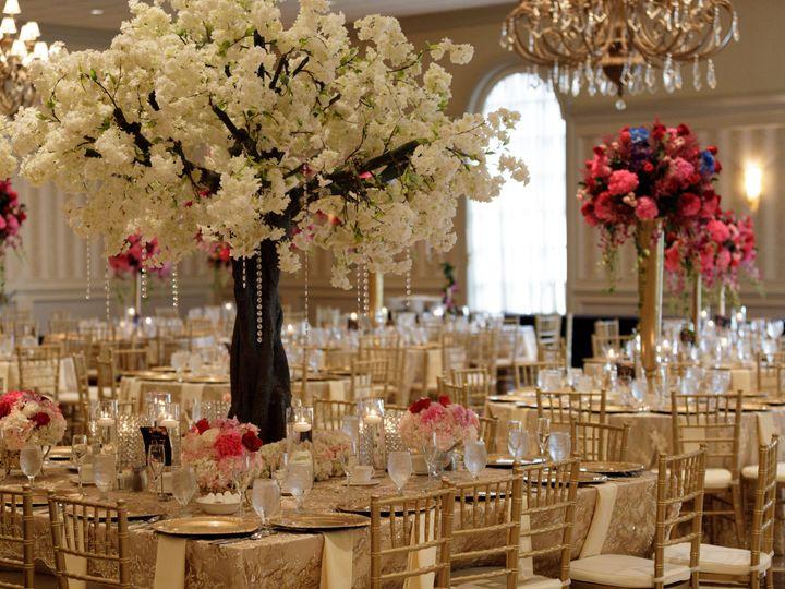 Tmx 1531942588 D3ef332ff1a40095 1531942582 2dbaa61b7322bbed 1531942575873 43 Aug 12 Reception  Royal Oak, MI wedding photography