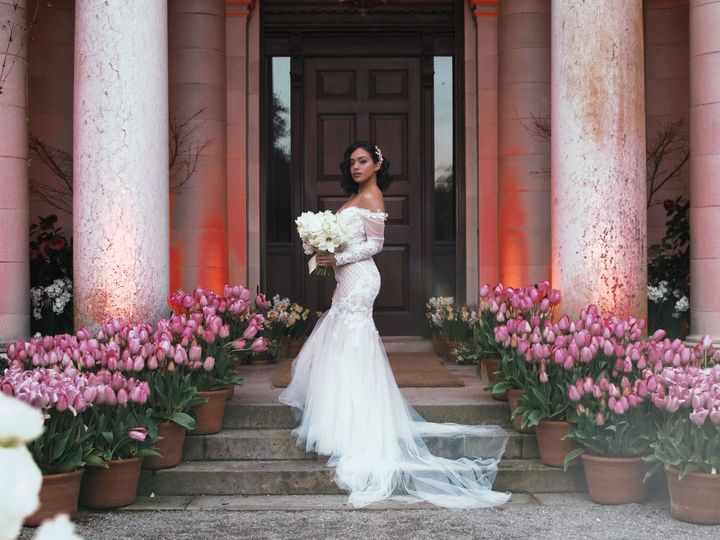 Tmx 1531942608 4e785b057301d9f6 1531942606 8cd0d503adbad090 1531942605639 53 Fioli Gardens Hig Royal Oak, MI wedding photography