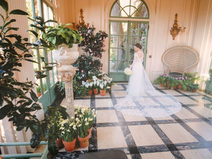 Tmx 1531942621 682102e9076019b6 1531942619 27c0e1a5afbc51b6 1531942617603 56 Fioli Gardens Hig Royal Oak, MI wedding photography