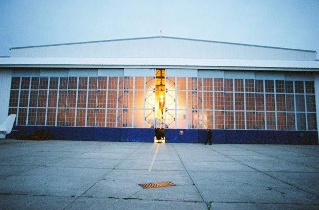 airplane hangar 620x409