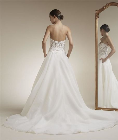Low back and strapless wedding dress