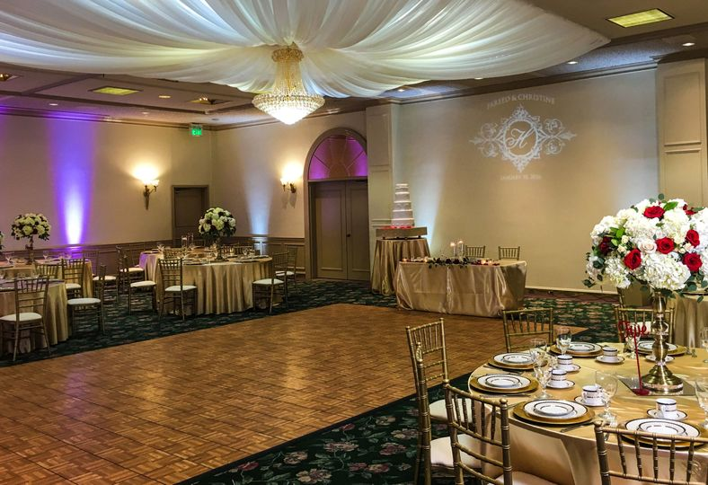 Enjoyable Orange Banquet Center Venue Orange Ca Weddingwire Download Free Architecture Designs Licukmadebymaigaardcom