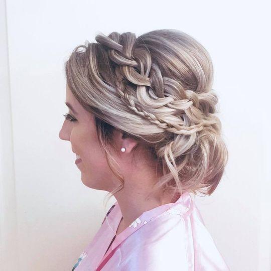 Bridal hair with braid
