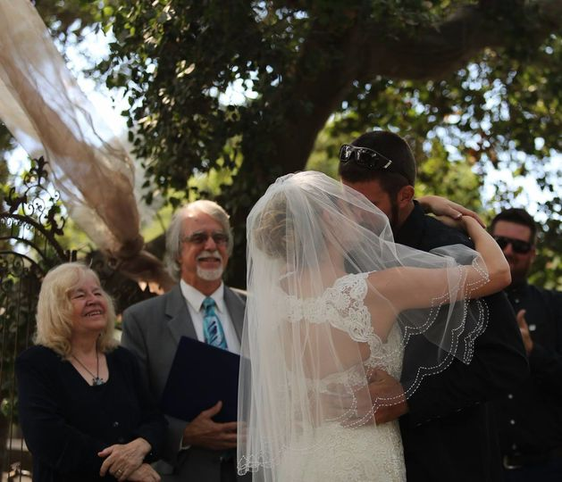 Wedding kiss, Nipomo