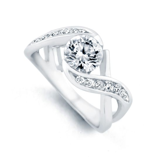 Soul Mate - 17215  The Soul Mate engagement ring contains 15 diamonds, totaling 0.305ctw....
