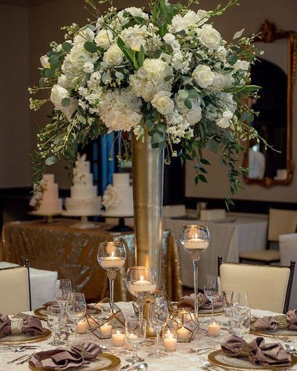 Table set-up with flower centerpiece