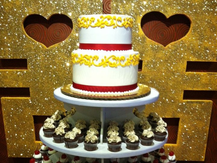 Tmx 1422477661614 Ss Wed Gold Red Fountain Valley wedding cake