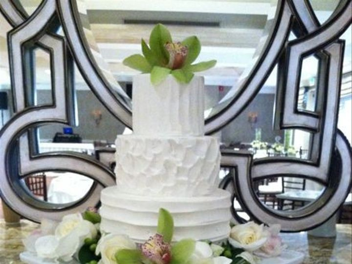 Tmx 1422477676418 Ss Wed White Textured Fountain Valley wedding cake