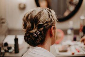 LE Hair & Makeup Artistry