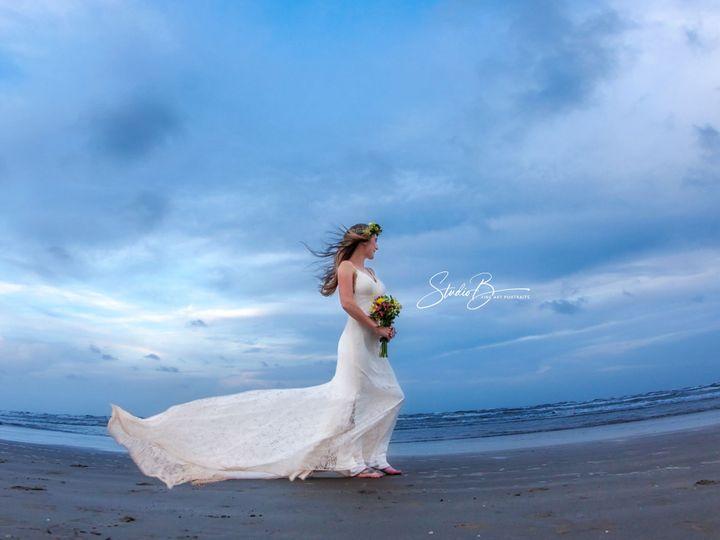 Tmx 1537150371 979240b013c16515 1537150368 237fe9ff72b496b8 1537150337285 44  MG 1358 CB Friendswood wedding photography