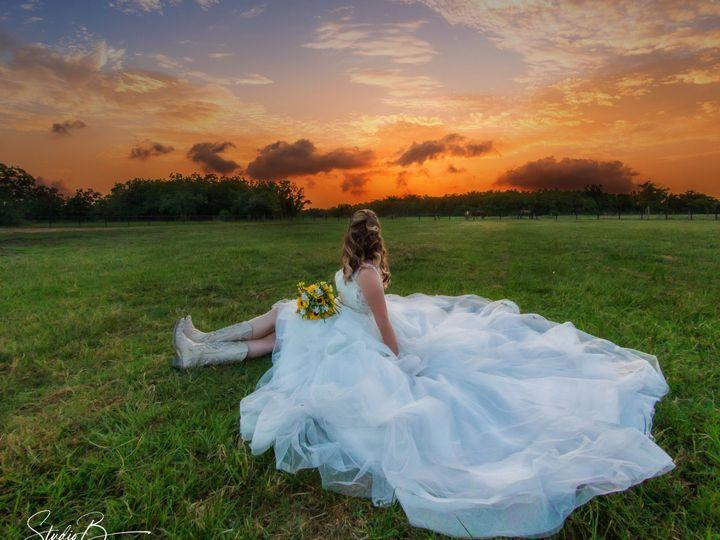 Tmx 1537150773 Aec6d5e6dd6ebcb5 1537150767 715c1bab0e9f1e11 1537150728421 75 IMG 2106 CB Web Friendswood wedding photography