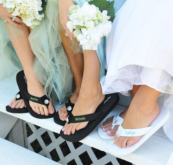 800x800 1290134935087 weddingflipflops