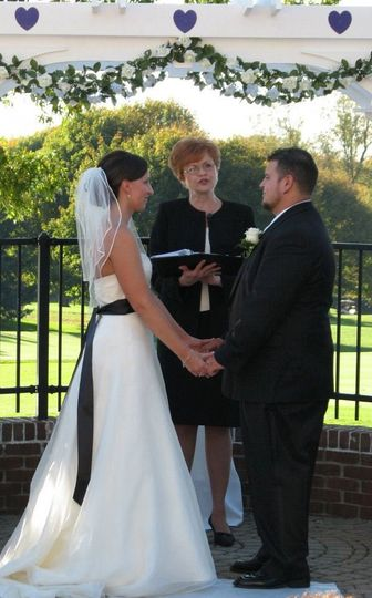 la donna weddings officiants ceremony coordinating With coordinating a wedding ceremony