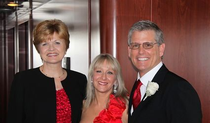 La Donna Weddings Officiants & Ceremony Coordinating Services