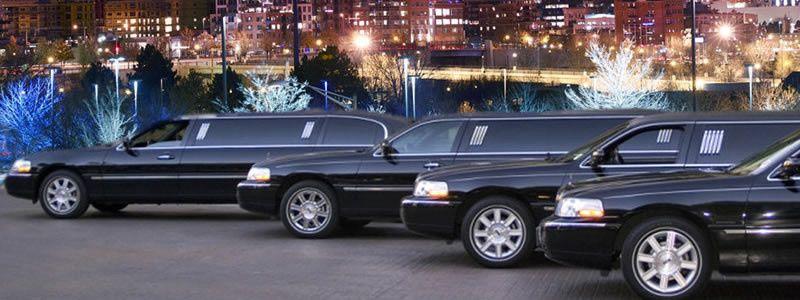 row black town car limos800300
