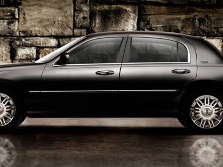 Tmx 1428969318443 Lincoln Town Car Ext 800 Dallas wedding transportation