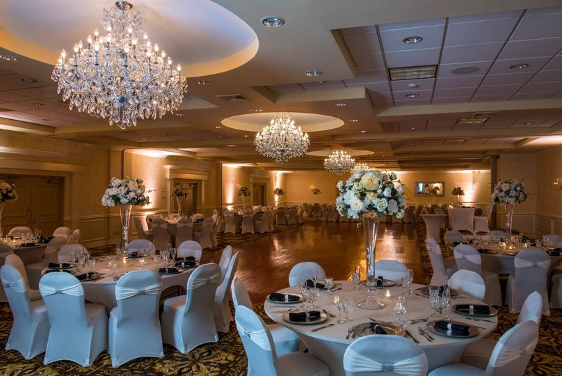 03 windsor ballroom 0029 edit 51 77778