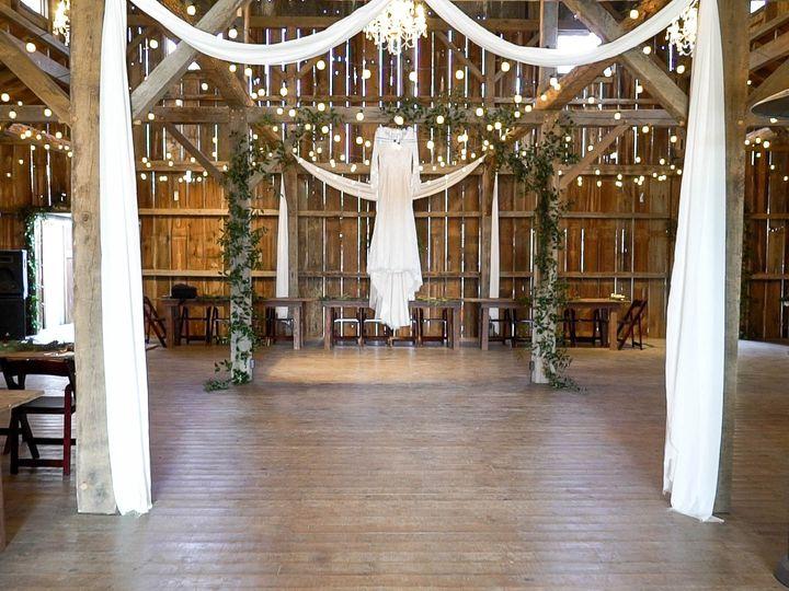 Tmx Highlight Reel 00 00 30 00 Still007 51 1011878 Walnut Shade, MO wedding videography