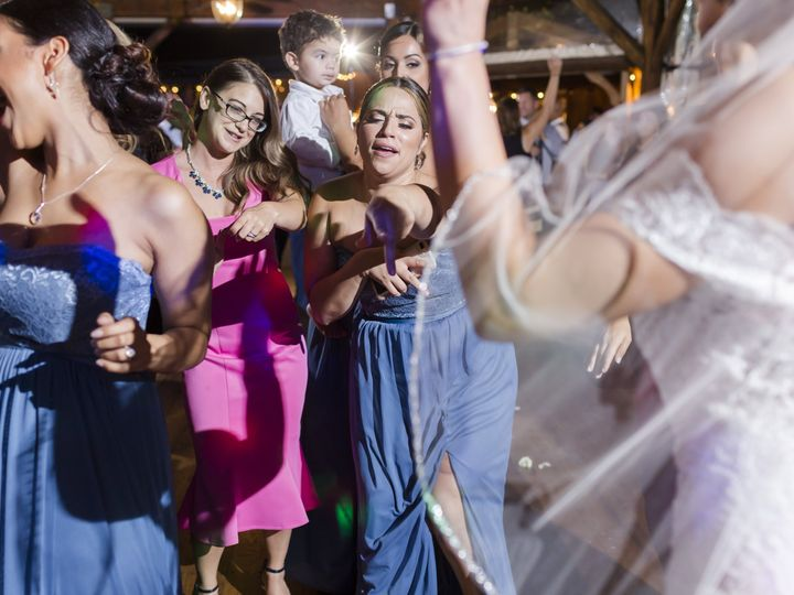 Tmx Nadia Jose 1010 51 3878 V2 Elizabethtown, PA wedding dj
