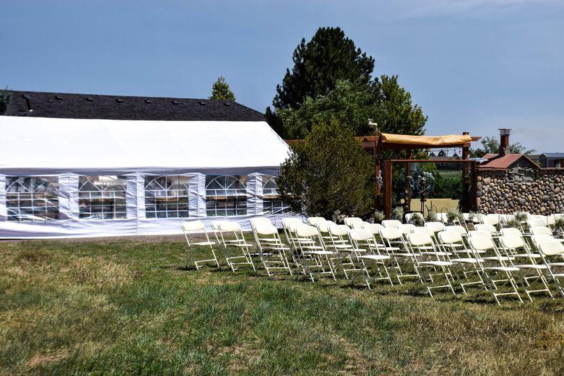 8e47266c5e040ce9 1537299878 ca2110fc3274f9c0 1537299864955 7 Tent and Ceremony