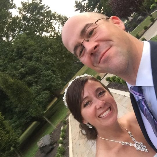 Selfie with the bride.