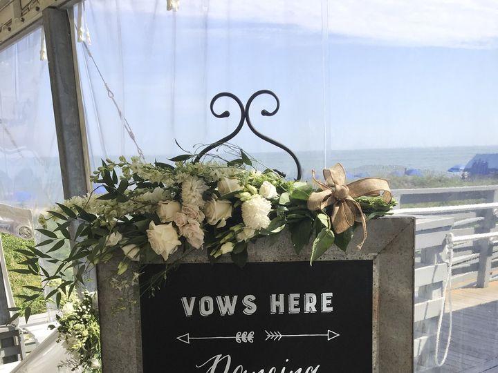 Tmx 1533946409 Eeb08d2249f95c4c 1533946405 Fbcf1b55b7c228d8 1533946388206 4 69961DE6 9047 41B6 Braintree, Massachusetts wedding florist