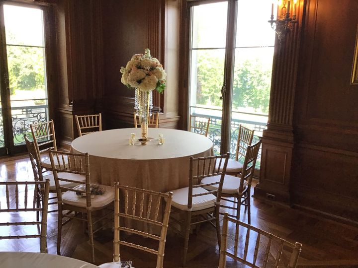 Tmx 1536612606 268d01034463ddb3 1536612602 4595da91540ad8b8 1536612599119 6 CBF179D0 F1CC 4A6F Braintree, Massachusetts wedding florist