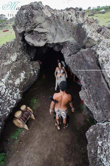 cueva isla de pascua