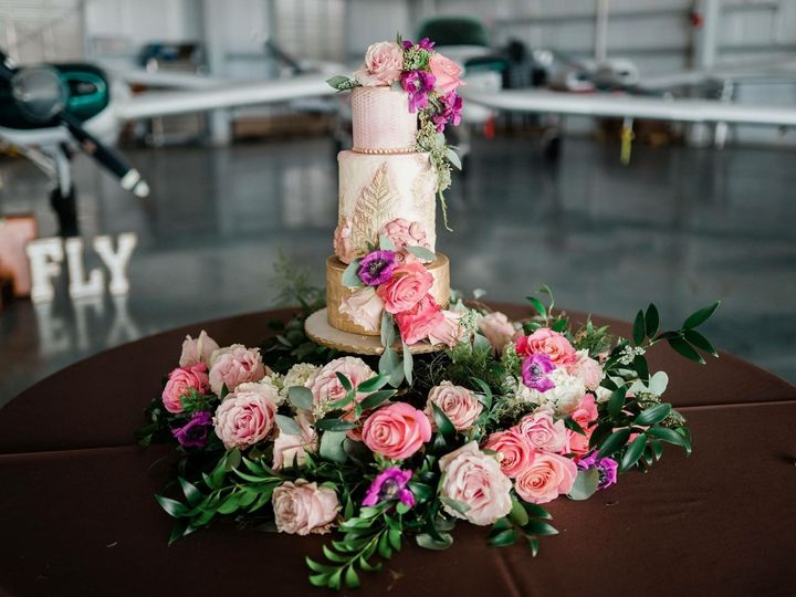 Tmx 1538421961 B3e92500af31d4ff 1538421960 88229ef544c27292 1538421958326 3 IMG 0943 Tavares, FL wedding florist