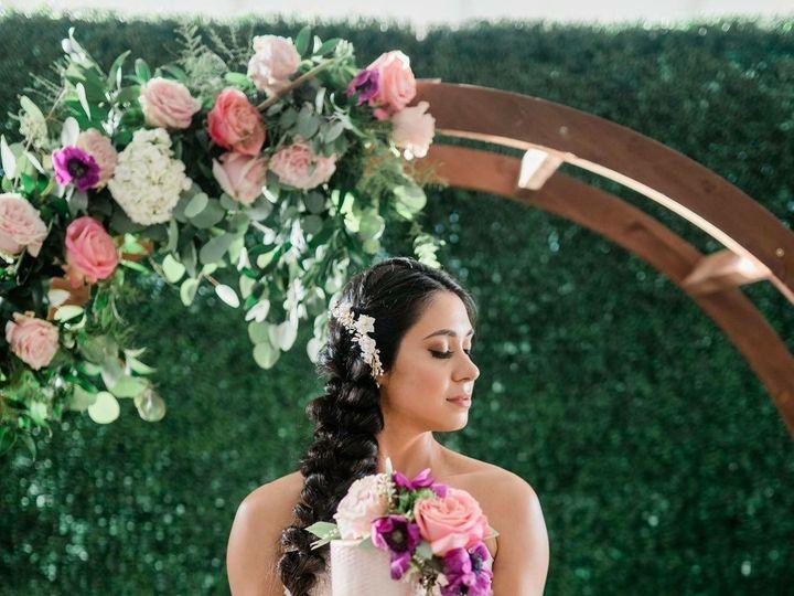 Tmx 1538424337 37a84ef49b652295 1538424336 Fe6f5ddd58d48dac 1538424334846 1 Idoeventsflowerarc Tavares, FL wedding florist