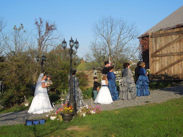 A Civil War wedding on the Gettysburg Battlefield in an historic Civil War barn.