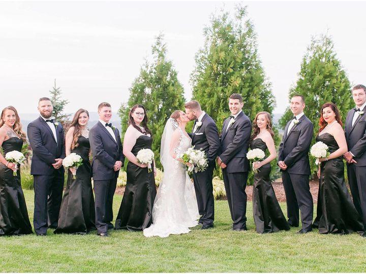 Tmx 1518033987 51d78bef862d7fae 1518033985 0f108fdf55abb5b8 1518033982417 1 21319181 139445453 Meriden, Connecticut wedding florist