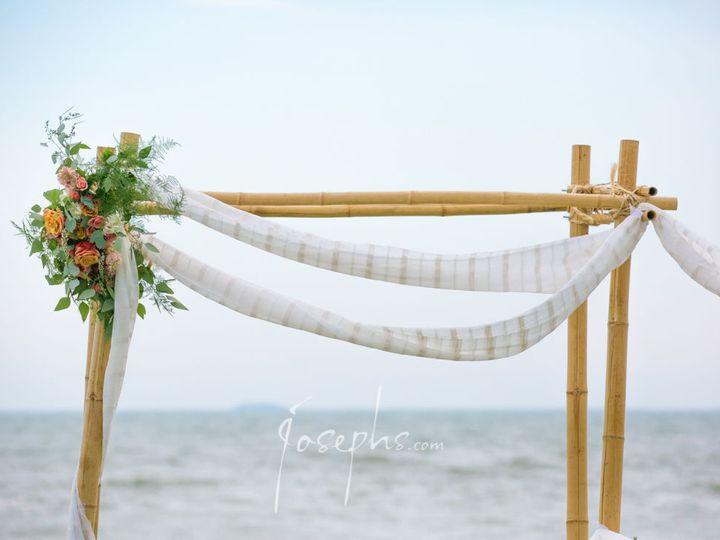 Tmx 1520134564 56c23b1c60c9d276 1520134562 199ff85dfcf3798c 1520134558146 4 265 M.barillaro Jo Meriden, Connecticut wedding florist
