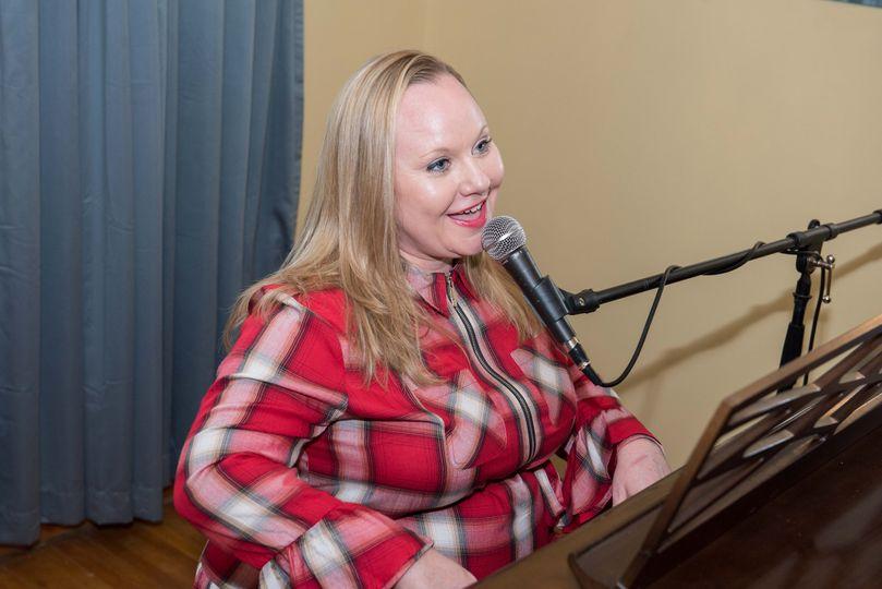Singing Pianist