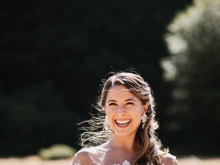 Tmx Aly Oz Farm San Francisco Mendocino Wedding Da Bridal Hair And Makeup 5 51 934978 V1 San Francisco, CA wedding beauty